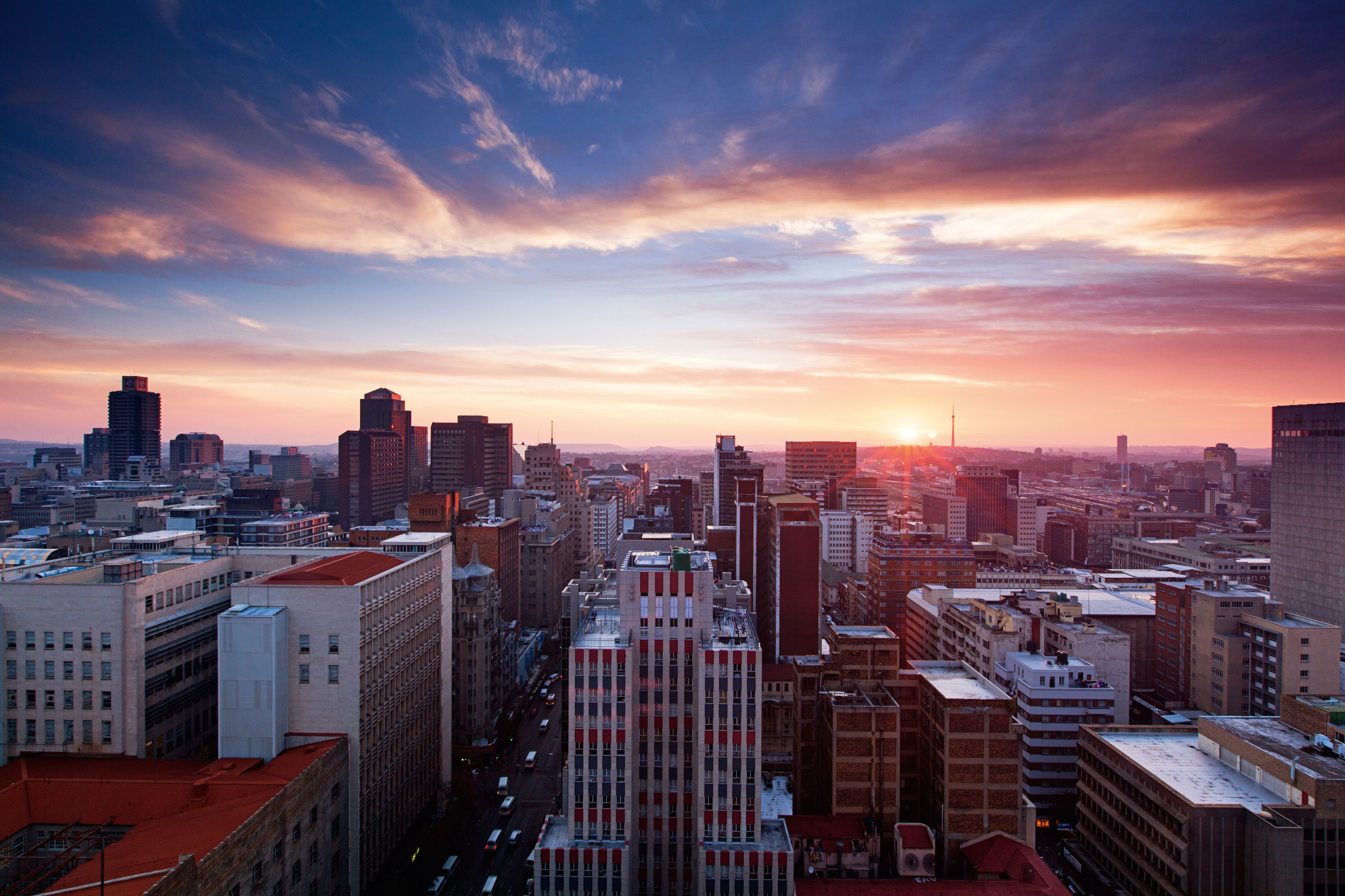 6 romantic date-night ideas in Joburg