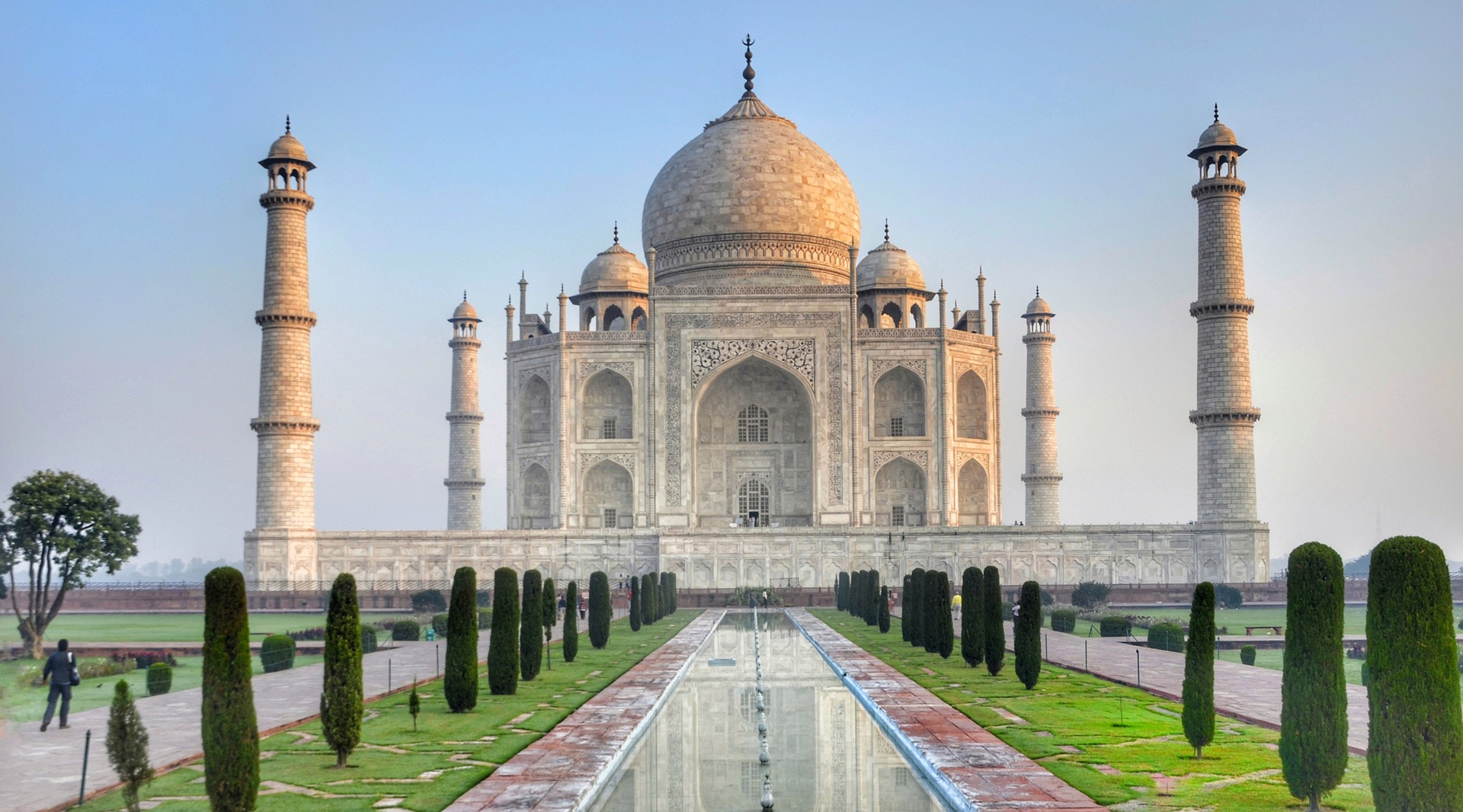 Taj Mahal City Of Agra To Tackle Air Pollution