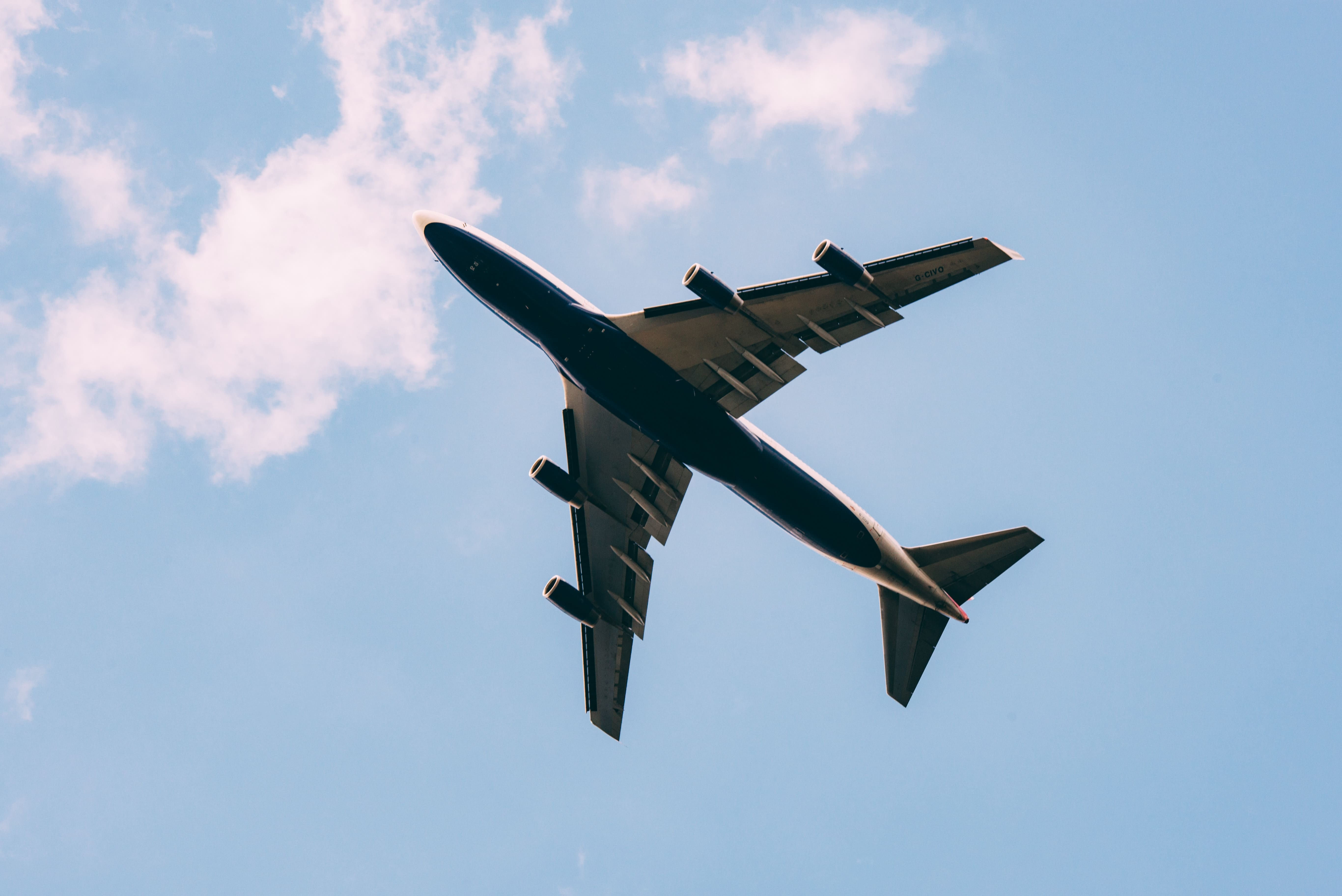 Carbon offsetting proposed to counter 'flight shame' - Getaway Magazine