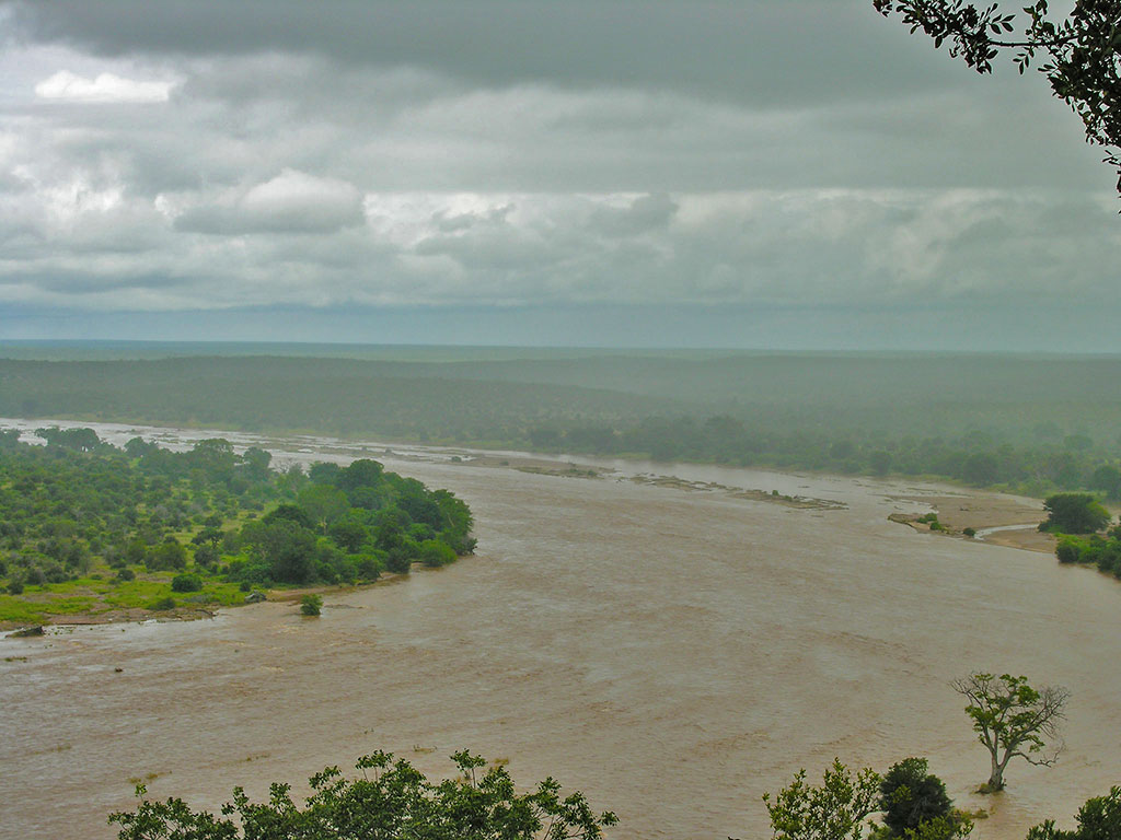 Kruger closes roads because of rainfall