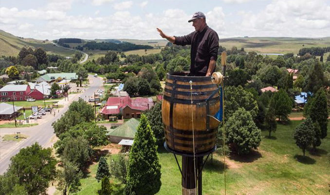 Man lives in barrel for 2 months, sets world record