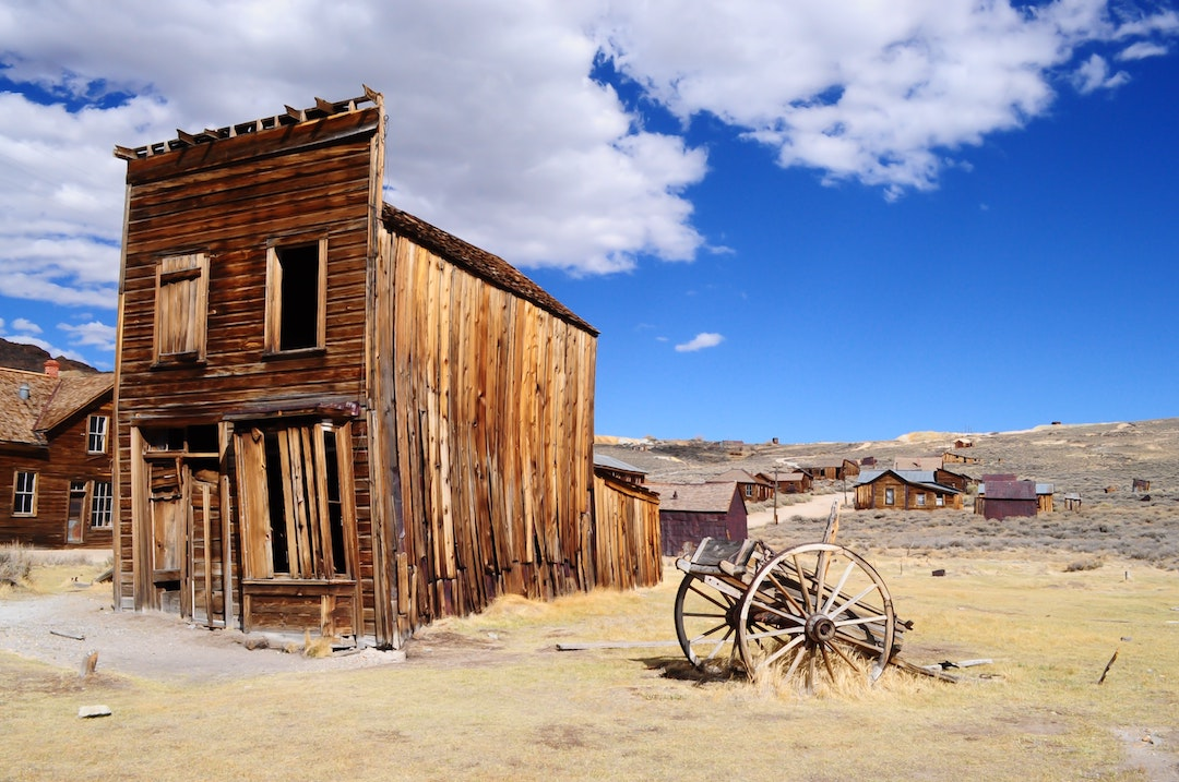 5 hauntingly beautiful ghost towns worth visiting