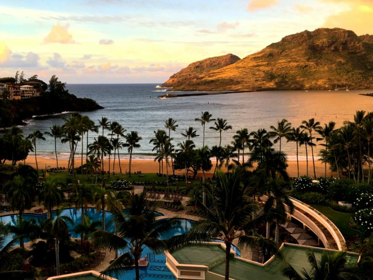 Hawaii reopens to tourists October 15