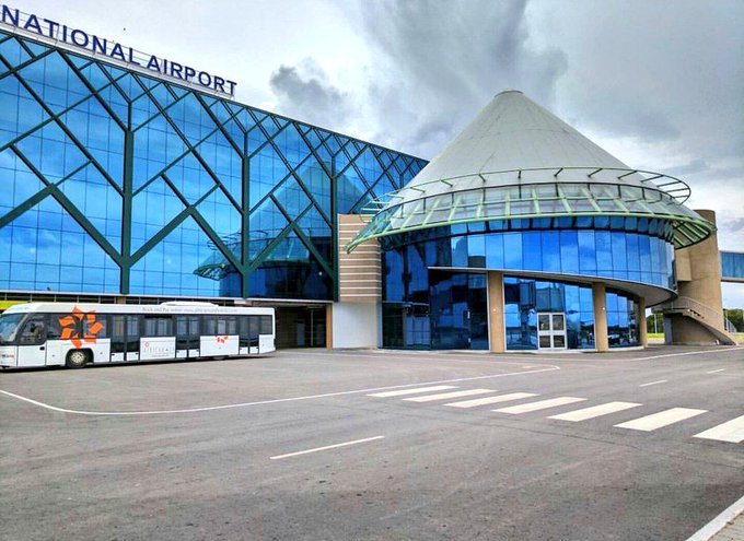 COVID-19 testing stations set up in Zimbabwean airports