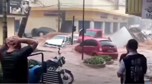 Extensive rainfall causes flooding in Brazil