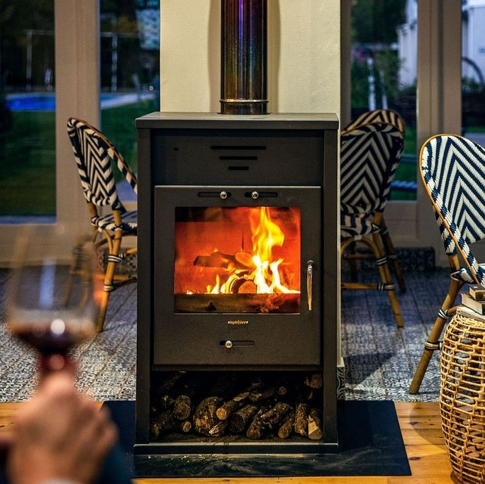 Warm getaways: 6 spots with toasty fireplaces to visit this winter