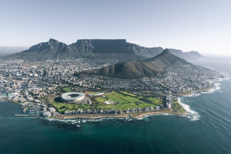 Cape Town Tourism calls for no COVID-19 tests for vaccinated travellers