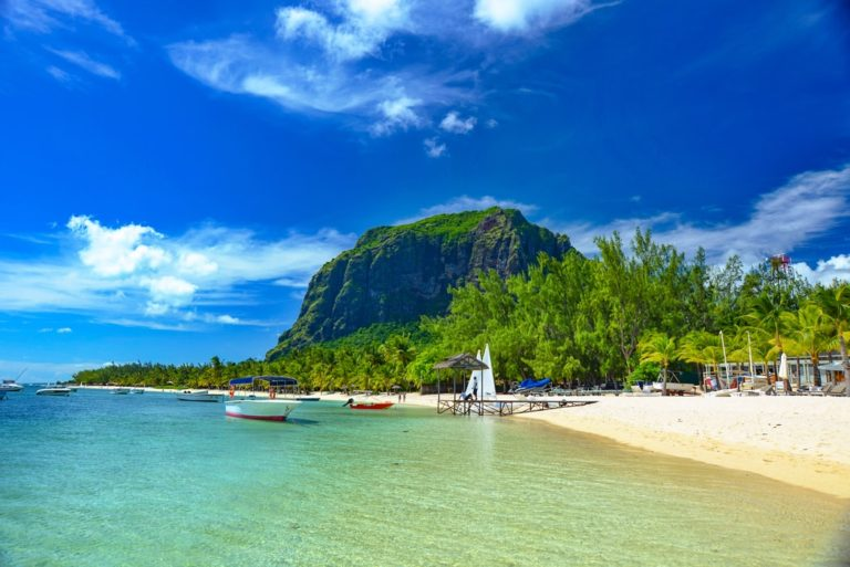 South Africans plan permanent moves to Mauritius